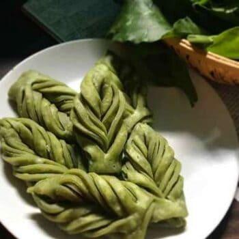 Leaf Mathri - Plattershare - Recipes, Food Stories And Food Enthusiasts