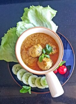 Chicken Kofta Curry - Plattershare - Recipes, Food Stories And Food Enthusiasts