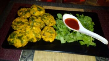 Spinach Vada - Plattershare - Recipes, Food Stories And Food Enthusiasts