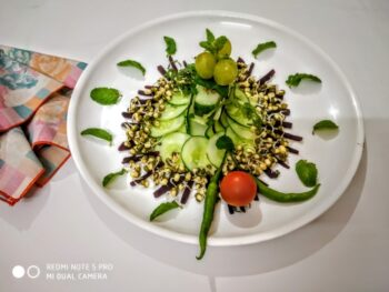 Sprouted Moong Salad - Plattershare - Recipes, Food Stories And Food Enthusiasts