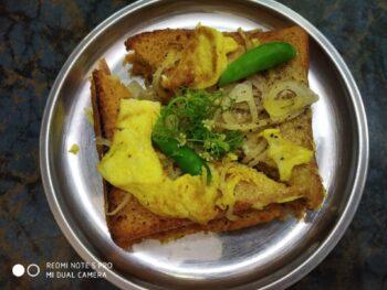 Street Food Egg Toast - Plattershare - Recipes, Food Stories And Food Enthusiasts