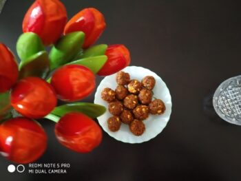 Delicious Coconut Laddoo - Plattershare - Recipes, Food Stories And Food Enthusiasts