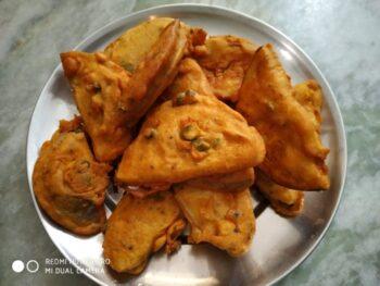 Homemade Street Food Beguni - Plattershare - Recipes, Food Stories And Food Enthusiasts