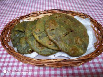 Hara Bhara Kachori - Plattershare - Recipes, Food Stories And Food Enthusiasts