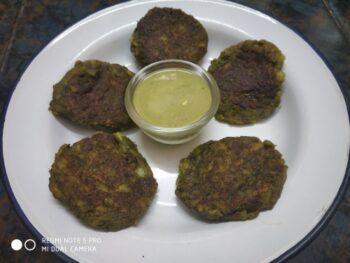 Hara Kebab With Curd Chutney - Plattershare - Recipes, Food Stories And Food Enthusiasts