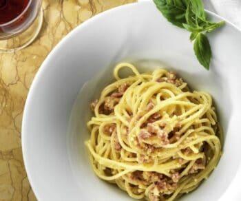 Pasta Ala Carbonara - Plattershare - Recipes, Food Stories And Food Enthusiasts