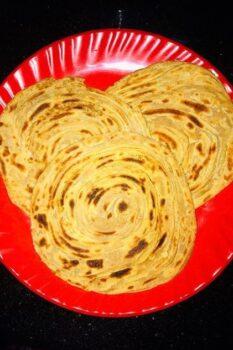 Kerala Wheat Parotta / Lachha Paratta - Plattershare - Recipes, Food Stories And Food Enthusiasts