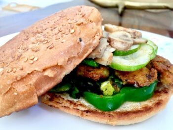 Veg Burger - Plattershare - Recipes, Food Stories And Food Enthusiasts