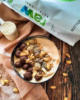 Snickers Smoothie Bowl With Energy Balls - Plattershare - Recipes, Food Stories And Food Enthusiasts