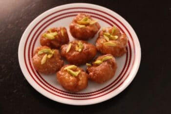 Makhan Vada - Plattershare - Recipes, Food Stories And Food Enthusiasts