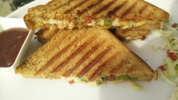Grilled Pizza Sandwich - Plattershare - Recipes, Food Stories And Food Enthusiasts