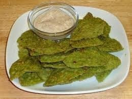Spinach Triangles Cheese Crackers - Plattershare - Recipes, Food Stories And Food Enthusiasts