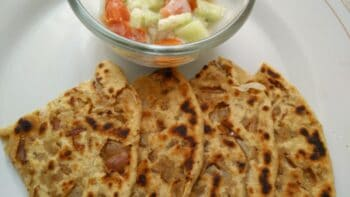 Tasty Crispy Punjabi Onion Paratha/ Bread Recipe - Plattershare - Recipes, Food Stories And Food Enthusiasts