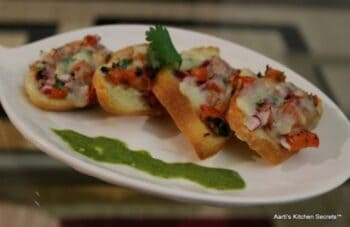 Cheesy Tomato Bruschetta - Plattershare - Recipes, Food Stories And Food Enthusiasts