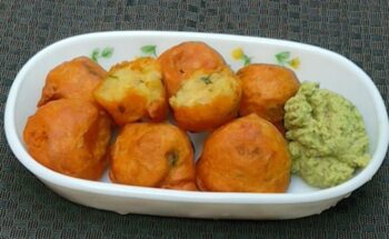 Aloo Bonda - Plattershare - Recipes, Food Stories And Food Enthusiasts