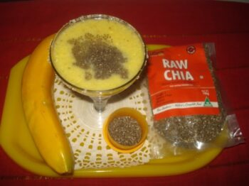 Healthy Â????Banana-Paneer Smoothie With Chia Seeds - Plattershare - Recipes, Food Stories And Food Enthusiasts