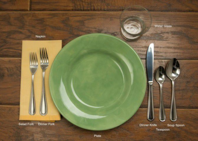 How To Style Your Dining Table For Your Parties - Table Styling 101 - Plattershare - Recipes, Food Stories And Food Enthusiasts