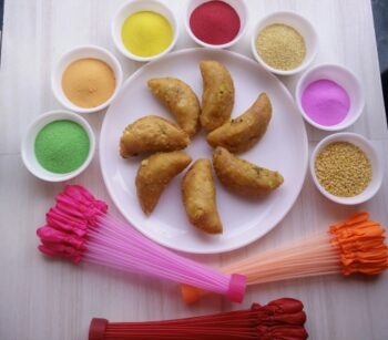 Gujiya With A Twist - Plattershare - Recipes, Food Stories And Food Enthusiasts
