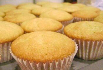 Vanilla Teatime Cupcake - Plattershare - Recipes, Food Stories And Food Enthusiasts