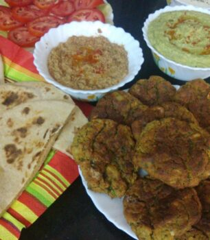Whole Wheat Pita Bread - Plattershare - Recipes, Food Stories And Food Enthusiasts