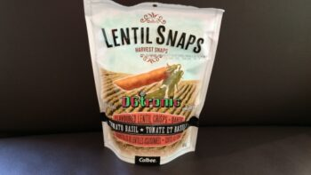 Calbee Lentil Snaps Tomato Basil Review Video - Plattershare - Recipes, Food Stories And Food Enthusiasts