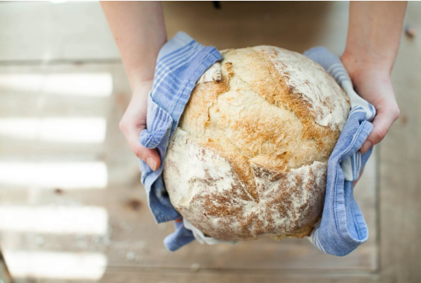 Baking Bread In A Wood-Fired Oven - Plattershare - Recipes, Food Stories And Food Enthusiasts