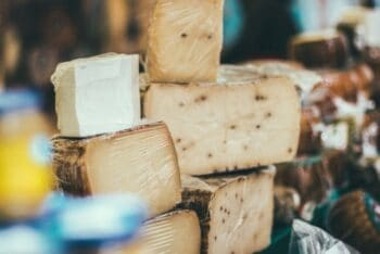 Take A Wisconsin Cheese Tour Road Trip - Plattershare - Recipes, Food Stories And Food Enthusiasts