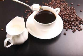 Give Out A Beautiful Smile: How To Prevent Coffee Stains On Teeth? - Plattershare - Recipes, Food Stories And Food Enthusiasts
