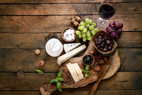 Great Food Choices To Pair With Popular Sweet White Wine - Plattershare - Recipes, Food Stories And Food Enthusiasts