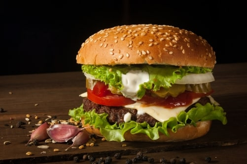 Why Are Burgers A Favorite Pandemic Comfort Food? - Plattershare - Recipes, Food Stories And Food Enthusiasts