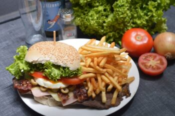 How To Prepare Burgers That Are Good For You - Plattershare - Recipes, Food Stories And Food Enthusiasts