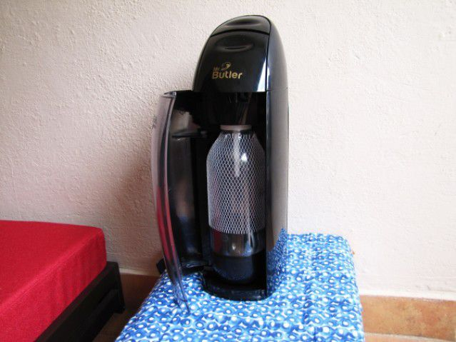 Gadget Chef - Kitchen Appliance Reviews : Mr Butler Soda Maker - Plattershare - Recipes, Food Stories And Food Enthusiasts
